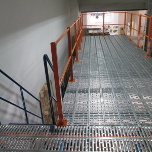 Rack Supported Platform 4